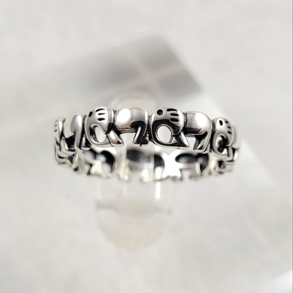 Sterling Silver Elephant Eternity Band